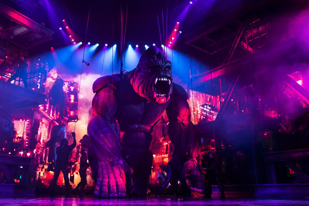 King-Kong-Takes-Over-Broadway-Theatre.jpg